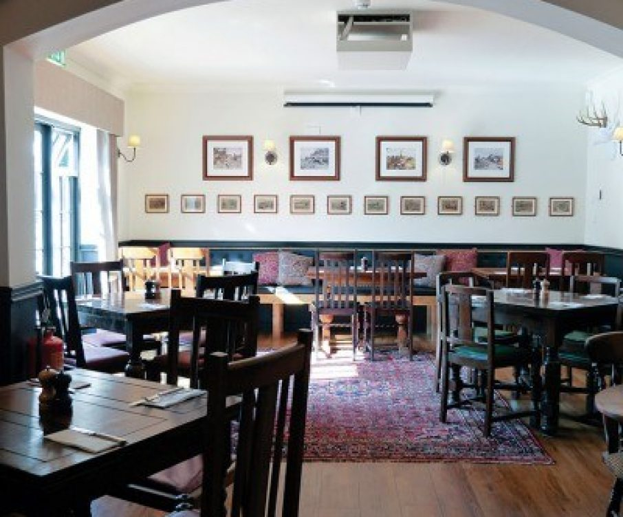 Distinct Pubs